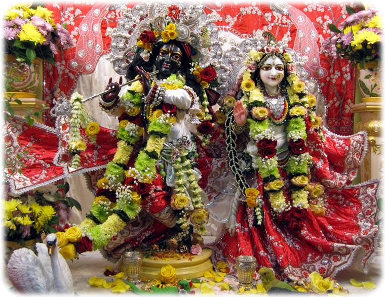 Sri Sri Radha Syamasundara New Raman Reti Dhama